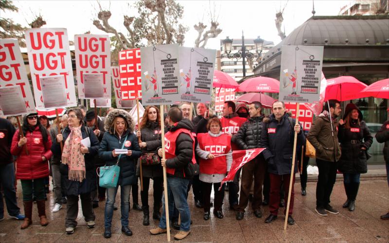Los sindicatos piden condiciones dignas para los trabajadores de restauración colectiva