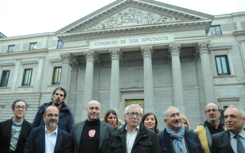11.372 personas podrían beneficiarse en La Rioja de la Renta Mínima que los sindicatos han llevado al Congreso