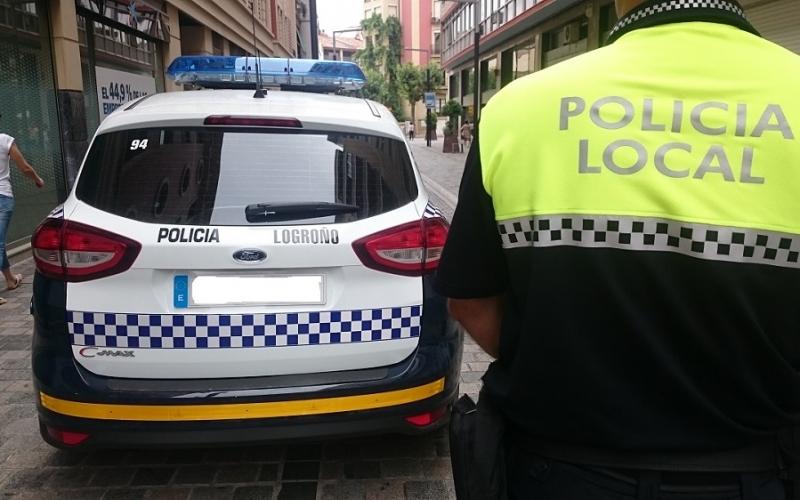 Concentración por la jubilación anticipada de las Policías Locales