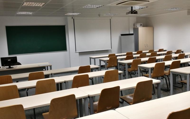 CCOO recuerda al Consejero de Educación que la calidad de la enseñanza no está en el bilingüismo