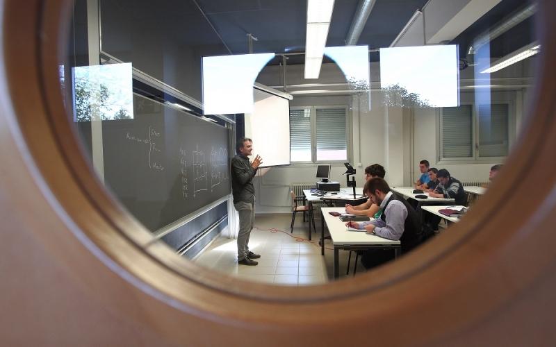 ¡Se acabaron las excusas! Por la recuperación del empleo, los salarios y la negociación con el Gobierno de La Rioja