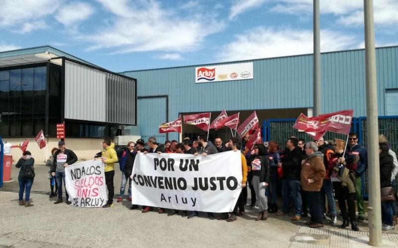 Los trabajadores de Arluy siguen en pie de guerra