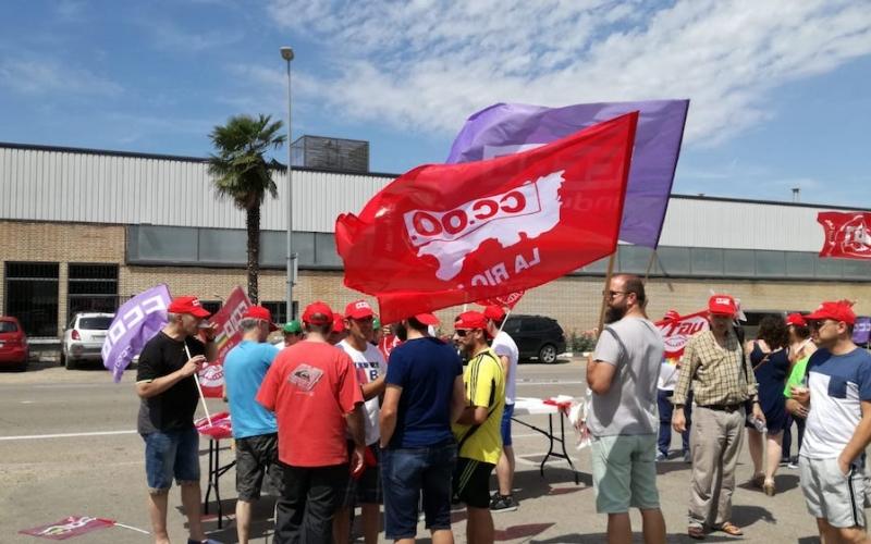 Casi 100% de seguimiento en la huelga de TRW en Alfaro