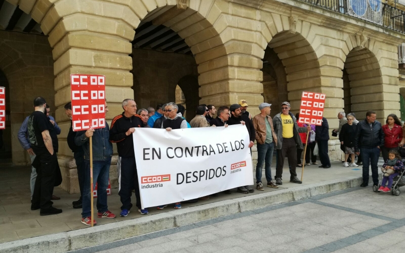 Haro alza la voz ante los nueve despidos de Bodegas Bilbainas