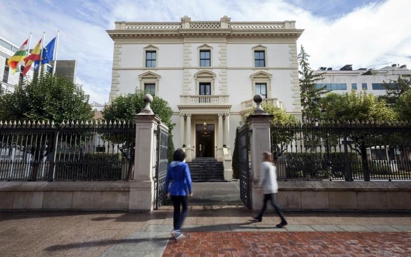 CCOO denuncia al Gobierno de La Rioja ante la Junta Electoral por convocar la Mesa General y la de Educación