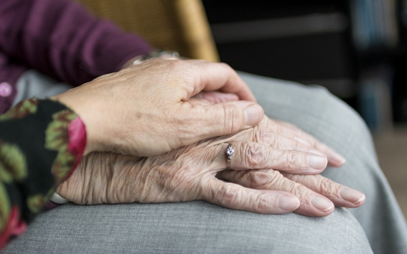 No al maltrato de las personas mayores