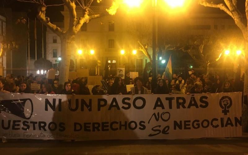 Ni un paso atrás: Logroño se concentra en solidaridad con las mujeres andaluzas