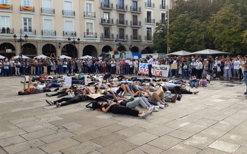 Movilización mundial por el clima: mucho por cambiar en la sociedad y los centros de trabajo