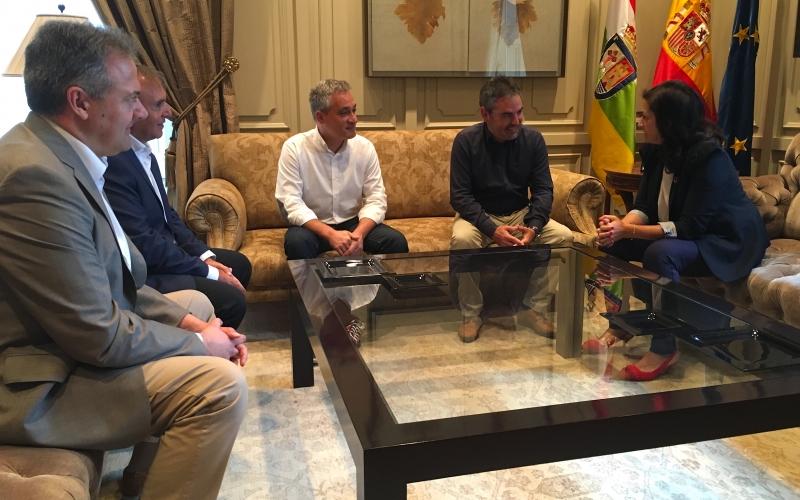 Primera toma de contacto entre CCOO y el gobierno de Andreu
