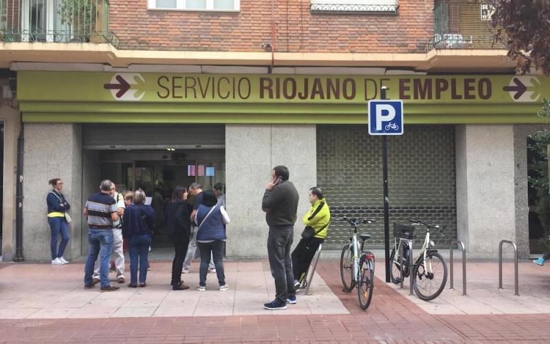 Octubre deja 1.109 personas en el paro tras la finalización de las campañas que habían mantenido el empleo
