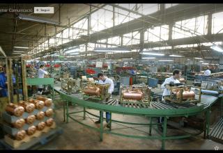 fabrica, industria, cadena de montaje, salud laboral
