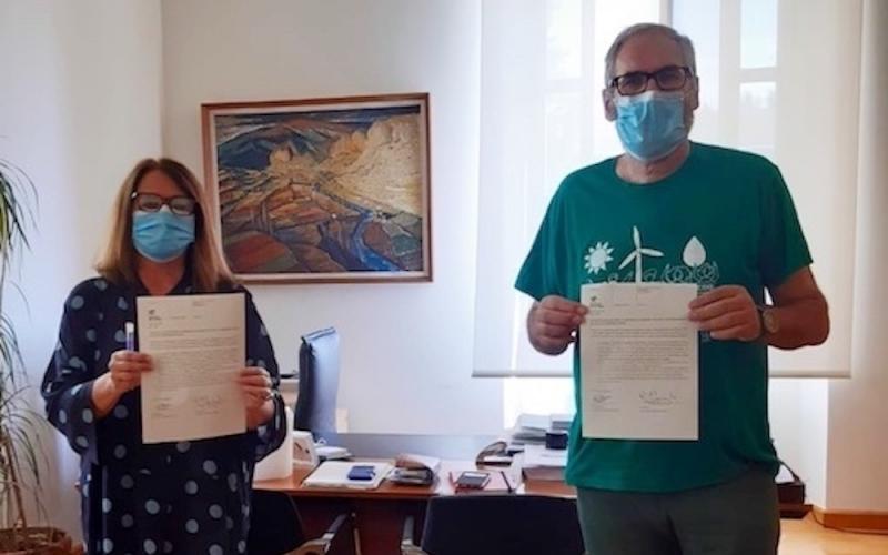 Tras cuatro horas de encierro, CCOO llega a un acuerdo con Educación