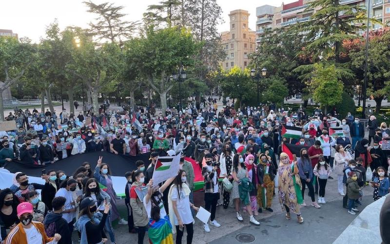 Multitudinaria movilización de apoyo a Palestina